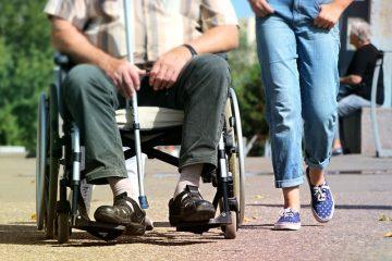 כיצד לבחור מטפלת סיעודית לקשיש?